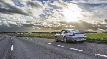 http://www.drivecult.com/uploads/images/__title/porsche-911turbo-sunlight-20160110.jpg